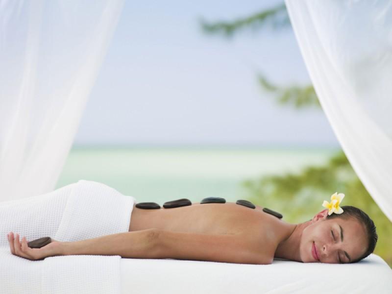 Hot Stone Massage Therapy2