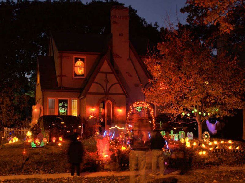 decorate your house for Halloween party