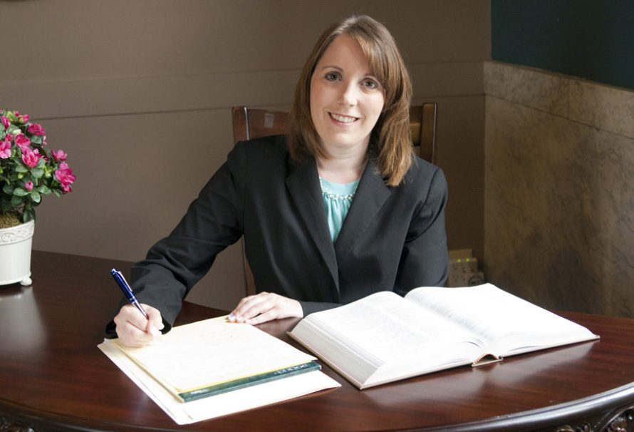 5 Tips for Hiring the Right Local Attorney